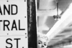 Monroe_Marilyn_228_c_MOA_(NYC_March_1955).jpg