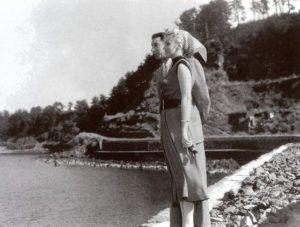 08_02_1954-4