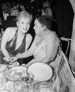 Апрель 1957 года, Мэрилин и Артур Миллер приняли участие в праздничных мероприятиях, посвященных 200-летию со дня рождения Лафайетта